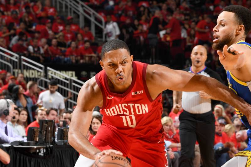 sports shoes 2785f 9c46e Indiana Basketball: Eric Gordon agrees to 4-year, $75.6 M ...